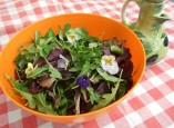 Summer garden salad - with edible flowers!